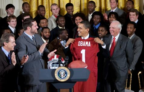 Obama met the Alabama football team Monday, but his immigration reform briefing was cancelled - Photo: The White House.