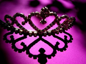 Crown - Photo: Damselfly58/Flickr