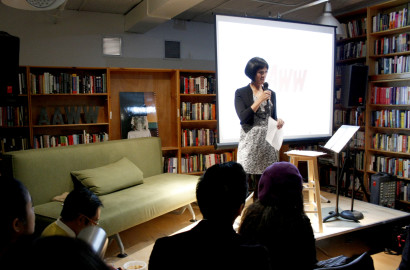 Nita Noveno at the 'Kaya Natin!' fundraiser at AAWW. (Photo: Von Diaz)