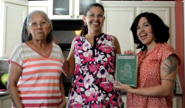 "Von Diaz (right) with her mom (middle) and grandmother ""Tata"" (left). Photo: Von Diaz"