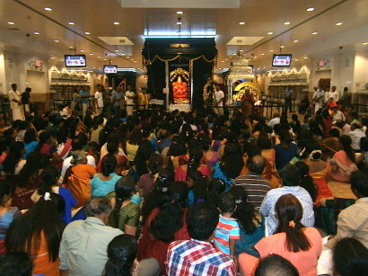 Devotees in the Maha Mantapa - means the congregation assembled in the main prayer hall